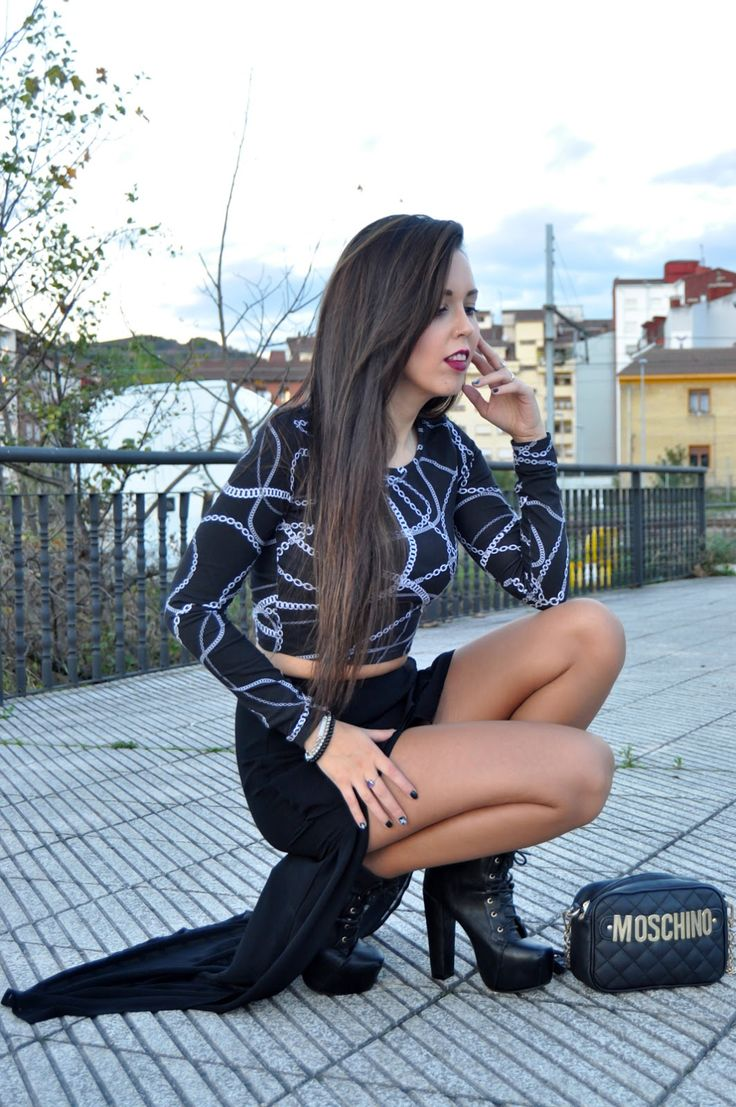 El invierno nos guarda - Brunette Ambition | Fashion and Lifestyle Blogger #tan #pantyhose