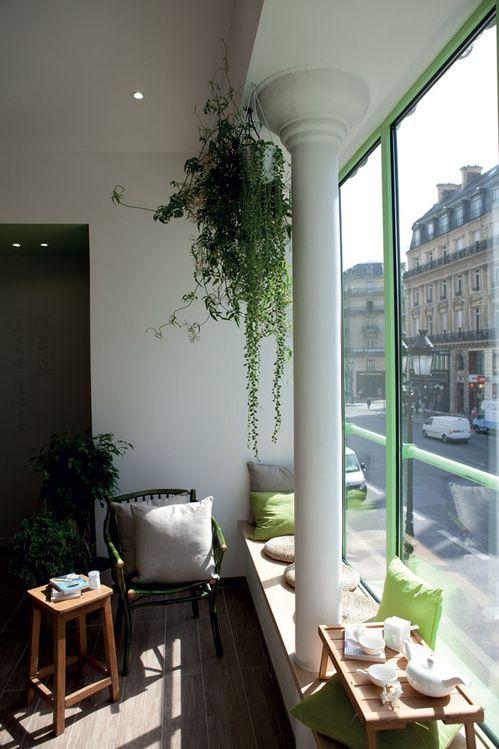Le premier spa d'Herborist à Paris pour des massages zen, et de la cosmétique chinoise inétieur, plantes, vert