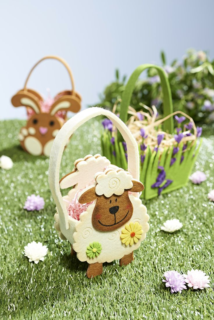 Stash away your sweet little secrets or collect them up for the age-old tradition of the egg hunt! #easteregghunt #easterbasket #easterkids