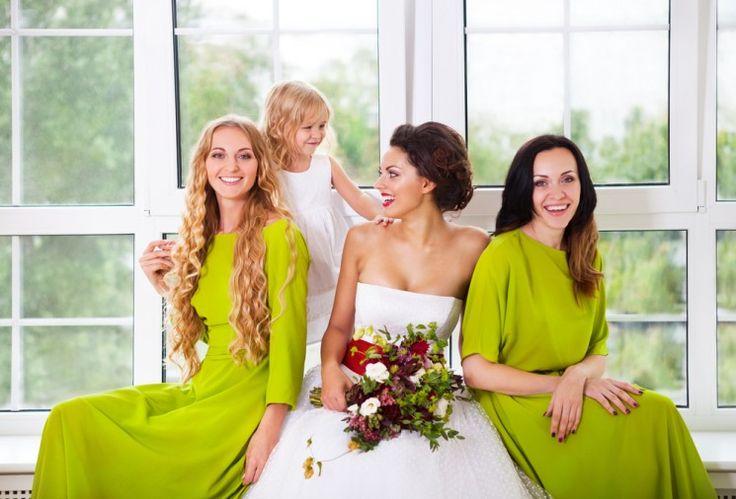 Как правильно выбрать платье дружки?