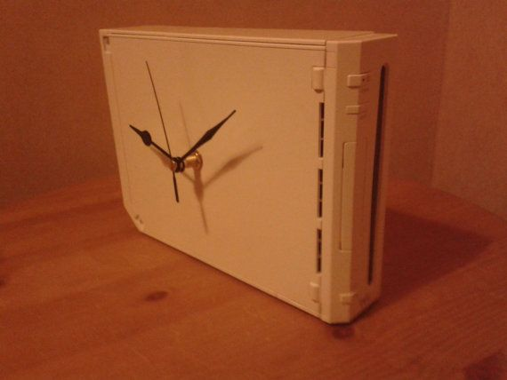Nintendo Wii Recycled Clock
