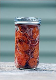 Asian Pickled Carrots and Radishes