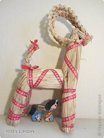 Декор предметов Поделка изделие Новый год Рождество Аппликация из скрученных жгутиков Роспись Кони лошади домики  Бисер Краска Салфетки фото 32