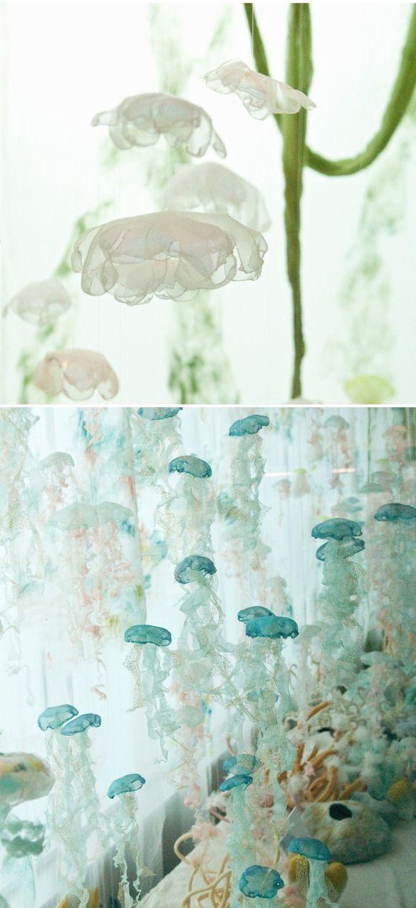 Sayuri Sasaki Hemann | textile jellyfish installation