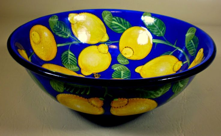 Lemon salad bowl an old pattern painted by artist Geoff Graham of Cinnabar Ceramics in Vallejo, California.