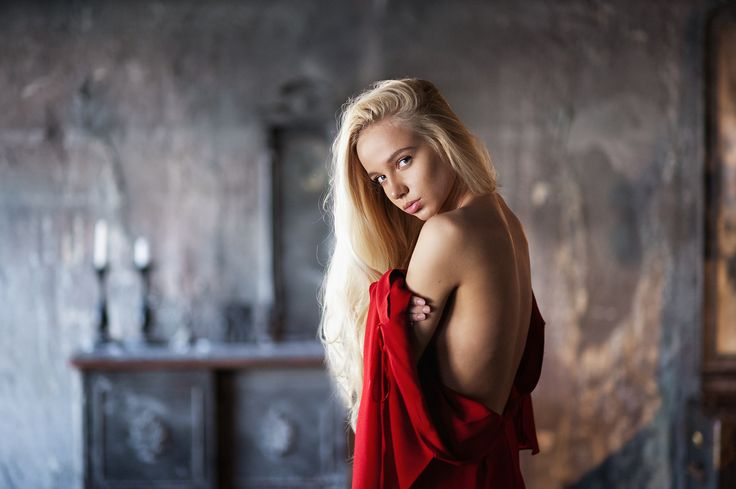 Portrait by Maxim Maximov on 500px