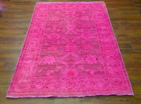 Attractive Stunning Hot Pink Overdyed Rug. Hot Pink   Exact Size 3u002711 X 5