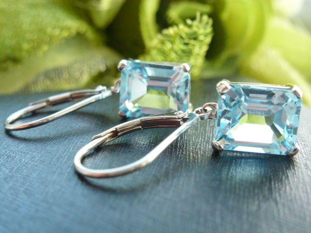 Online veilinghuis Catawiki: Zilveren oorbellen met hemel blauwe topaas 6,78 ct