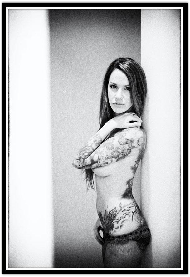 estella warren totally nude