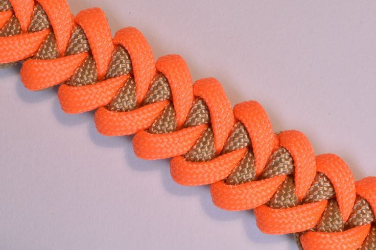 Sharks Tooth Paracord Survival Bracelet with Buckle - How to - BoredPara...