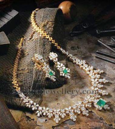 Jewellery Designs: Sparkling Stars Diamond Set