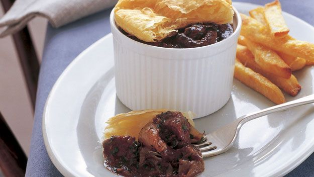 Beef bourguignon pies with chips