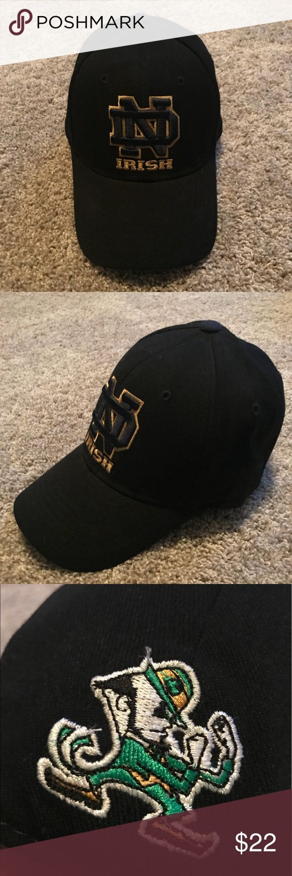 Notre Dame Fighting Irish Black Hat Top of the World brand One•Fit No tears, no stains, no rips Worn once or twice  Great condition Notre Dame Accessories Hats