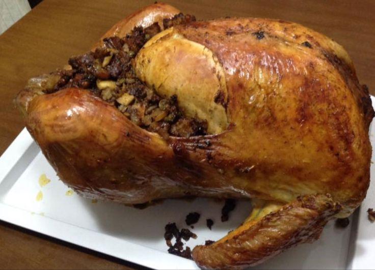 http://www.chefstefanobarbato.com/es/pavo-relleno-de-picadillo-al-horno-navideno/ #pavorelleno #pavo al #horno #cocinar @BarbatoStefano deliciosa #receta #segundoplato
