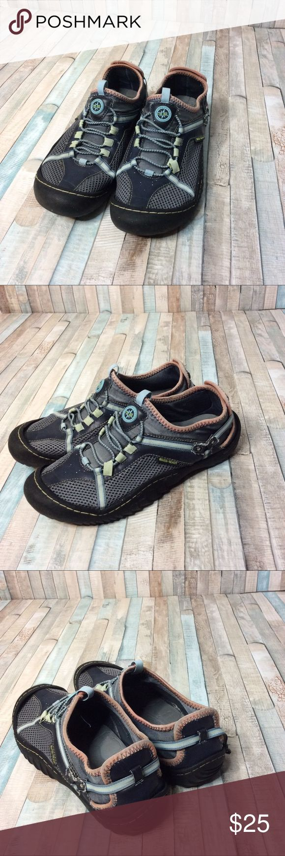 J-41 JEEP Engineered Traction Sole Water Shoes Water Ready! Some minor wear, strap is broken on the right shoes and probably could be fixed. Very Small tear on the inside of the right shoe. Overall, shoes are in great condition and very comfortable. Gently used. Size 9 Shoes