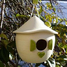 Nichoir ceramique emaillee, raku, terre cuite, pour oiseaux de nos jardins
