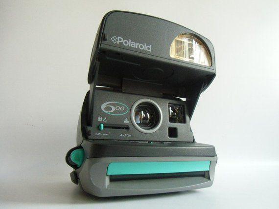 Polaroid 600 Cl Sofortbildkamera Polaroid 600 Die Kamera Mit Eingebautem Labor Sofortbildfilm Fur Den Typ 600 Baujahr 1997 Sofortbildkamera Sofortbild Kamera Sofortbildkamera Polaroid