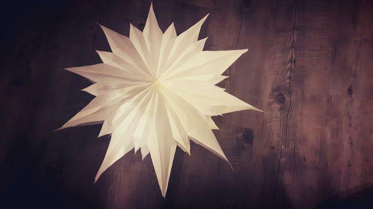 Stern aus Butterbrottüten