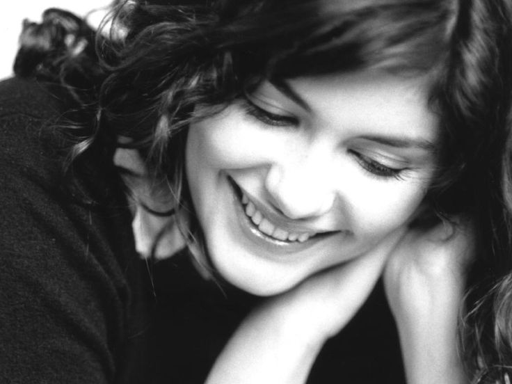 Audrey Tautou - On how she managed to pull of a role of that type in Amelie... Childlike innocence