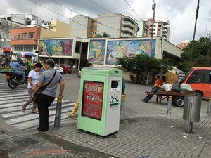 Internet of bins: smart, solar powered trashcans in Colombian cities