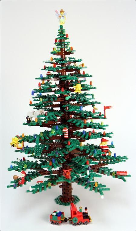The ultimate Lego Christmas Tree! | 25 Days of Christmas