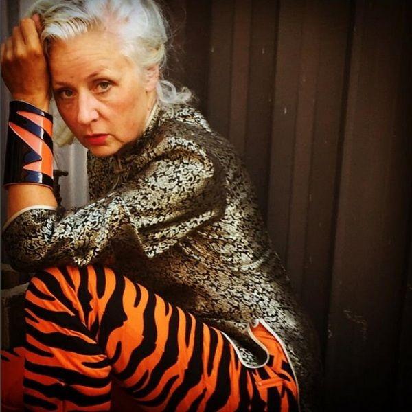 Sarah Jane Adams – Trendsetter e it girl aos 60 anos de juventude