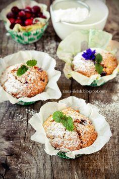 Вкусные домашние обеды: Маффины с клюквой