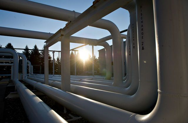 Energy Future Paves Way for Unit's Bankruptcy: Corporate Finance. An $850 million bond sale from Energy Future Holdings Corp. is paving the way for the power producer KKR & Co. and TPG Capital bought in 2007 for $43.2 billion to potentially put its unregulated unit into bankruptcy. Proceeds from the sale, a portion of which was secured by the firm's equity interest in Oncor Electric Delivery Co., will be used to repay a loan to Energy Future's Texas Competitive Electric Holdings Co…