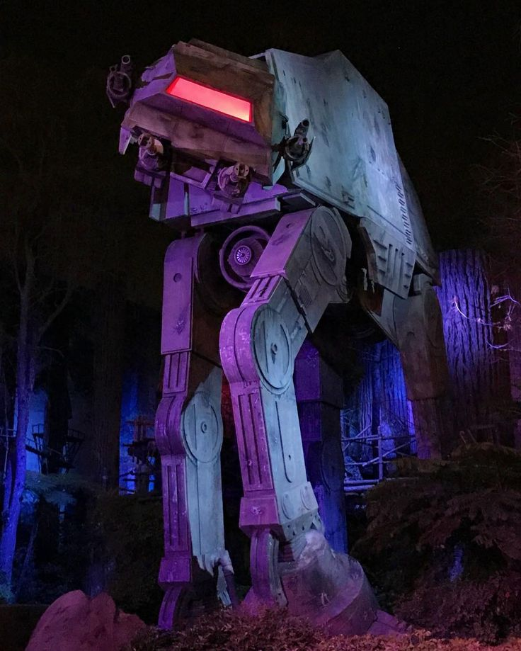 The life-size AT-AT Walker at Disney's Hollywood Studios is even more intimidating at night. #starwars #disney #atat #hollywoodstudios #wdw #disneyworld #florida #orlando #twitter