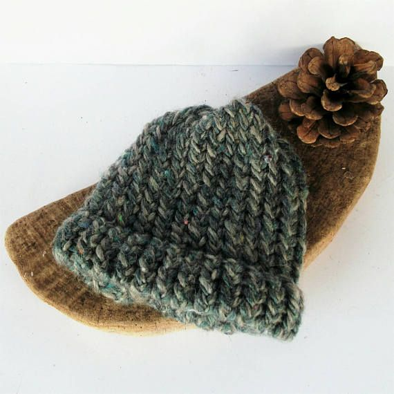 Check out this item in my Etsy shop https://www.etsy.com/uk/listing/529796611/newborn-beanie-recycled-baby-hat-blue