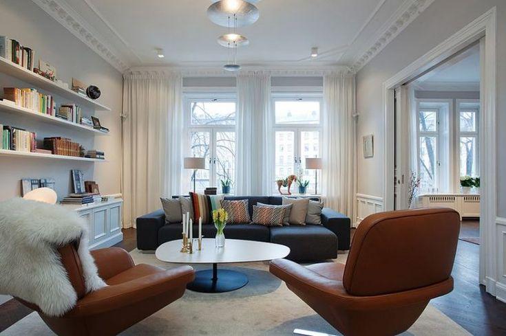 Ízlésesen berendezett 155nm-es ötszobás polgári lakás, gyönyörű cserépkályhákkal
