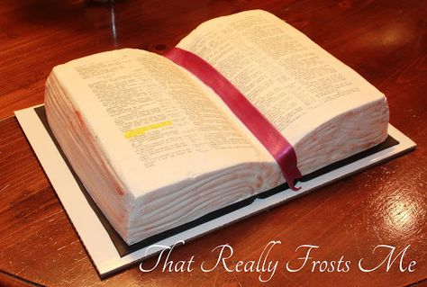 Tutorial on how to make a Bible cake using printable edible pages.