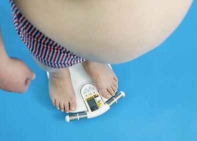 """La valeur de l'IMC permet de déterminer un état, reflet de la """"corpulence"""" : normalité, #surpoids ou #obésité. Calculez votre IMC avec Health Advisor : https://www.healthadvisor.fr/guest/category/nutrition-bien-etre"""