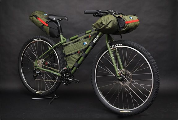 Porcelain Rocket builds functional, lightweight, finely crafted bicycle gear for everyday commuters to the expedition cyclotourist. Whether you are after a custom pack for your city cruiser, storage solutions for your cargo bike, or a complete kit for your next bikepacking adventure, you will find it at Porcelain Rocket.