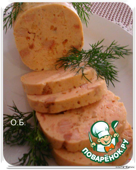 Молочная колбаса  Грудка куриная — 1,5 шт Свинина (мякоть) — 150 г Крахмал картофельный — 1 ст. л. Сок (из одной свеклы) Чеснок — 1-2 зуб. Специи (душистый перец, душица молотая,соль) Молоко — 1/2 стак.