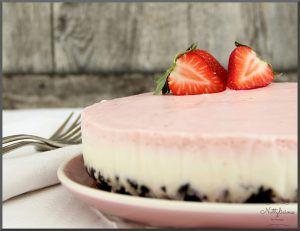 Oreo-Cheesecake mit Erdbeeren