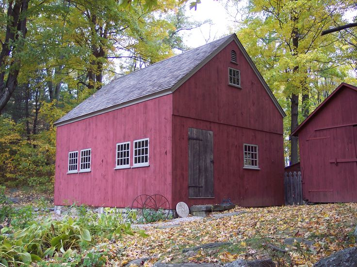 22 best images about smaller 1 1 2 story barns on for 2 story barns
