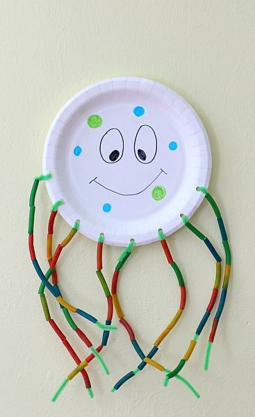 Art Idea- color plate, thread colored pasta onto pipe cleaners  Sea Themed Motor Play