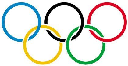 A bandeira olímpica é o principal símbolo das olimpíadas da era moderna. Ela é composta por um conjunto de anéis com o…