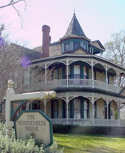 1000 ideas about one story houses on pinterest country for One story queen anne