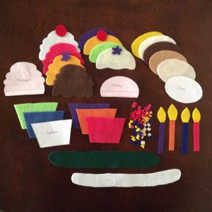 So Easy to Make! Cupcake Felt Board for Kids Includes free template mrsandmomma.org