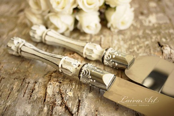 Hey, I found this really awesome Etsy listing at https://www.etsy.com/listing/255228104/rustic-wedding-cake-server-set-knife
