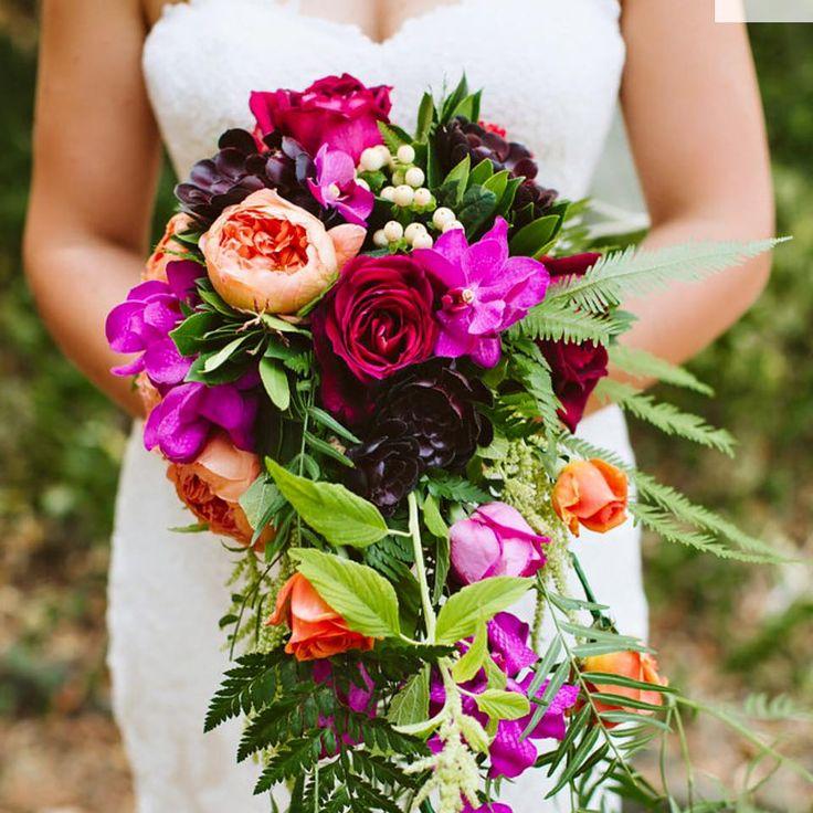 My Flowerhouse - trailing bridal bouquet