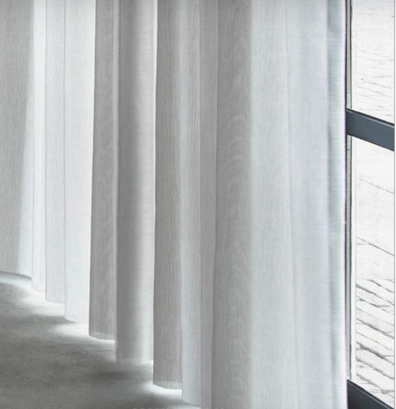 de ploeg gordijnen zijn gemaakt met ambachtelijke weeftechnieken zachte stoffen van eerlijke materialen transparantie overdag privacy s avonds