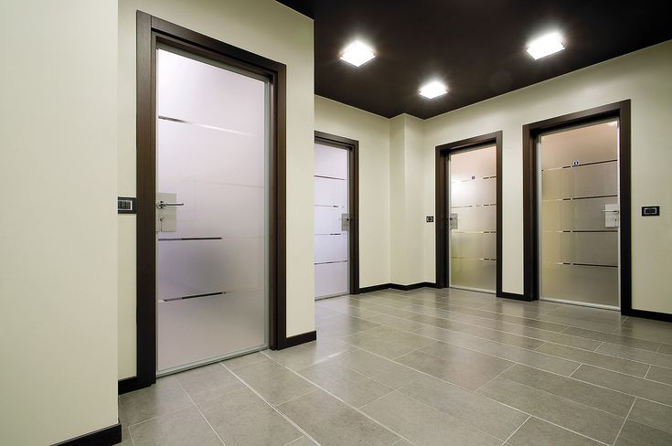 стеклянные темные межкомнатные двери в интерьере: 14 тыс изображений найдено в…