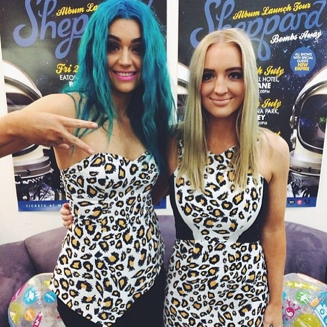 Emma and Amy from WeAreSheppard wearing leopard print.