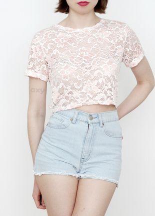 Kup mój przedmiot na #vintedpl http://www.vinted.pl/damska-odziez/koszulki-z-krotkim-rekawem-t-shirty/13956161-3-za-2-pudrowy-koronkowy-crop-top-xs-m