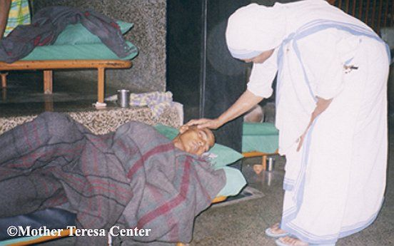 Bucket List: Volunteer with the Missionaries of Charity!