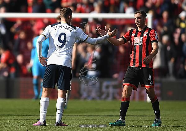 BOURNEMOUTH, ENGLAND - OCTOBER 22: Vincent Janssen of Tottenham Hotspur (L) and Harry Arter of Dan Gosling of AFC Bournemouth (R) shake hands after the final whistle during the Premier League match between AFC Bournemouth and Tottenham Hotspur