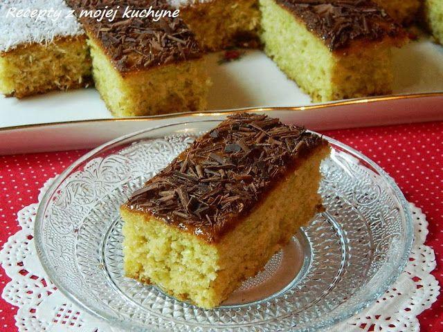 RECEPTY Z MOJEJ KUCHYNE: Cuketový koláč s kokosom